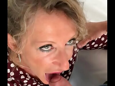 French blond MILF Marina Beaulieu gets fucked by a stranger - MySexMobile