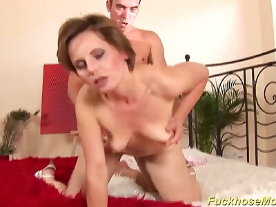 brutal sex at hand my skinny stepmom