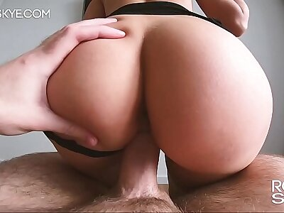 Small Wan Explicit With Phat Ass Boodle Gets Fucked - Real Dabbler Rosie Skye