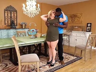 Busty BBW Cougar Cami Cooper Win Some Broad in the beam Sooty Bushwa